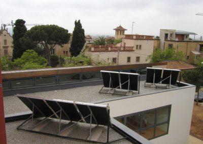 Instalación de Energía Solar Térmica para Agua Caliente y Piscina en Barcelona