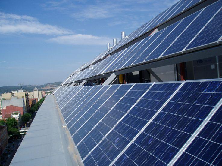 Fotovoltaica a Red de 25 kWn en Sabadell.
