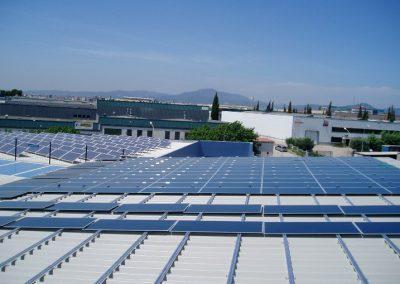 Marquesina fotovoltaica en aparcamiento con 95 kWn